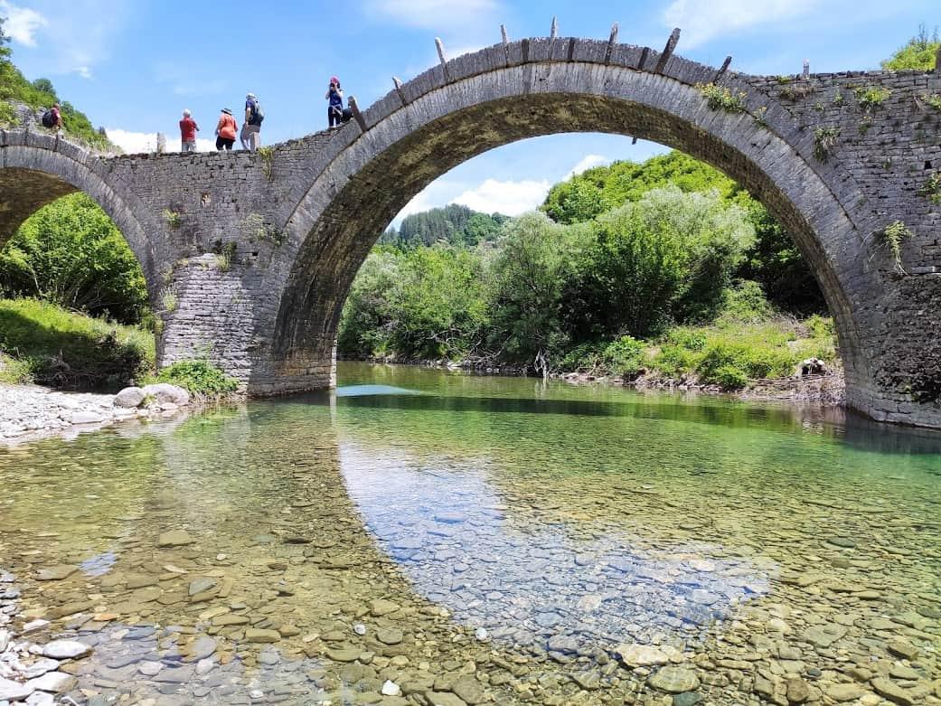 גשר קלוגריקו, ליד הכפר קיפי
